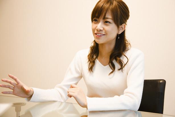 サッカーインタビュー中を受ける中川絵美里
